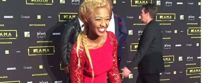 #MAMAs2016: Who wore it better?